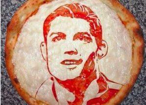 ایجاد چهره روی پیتزا